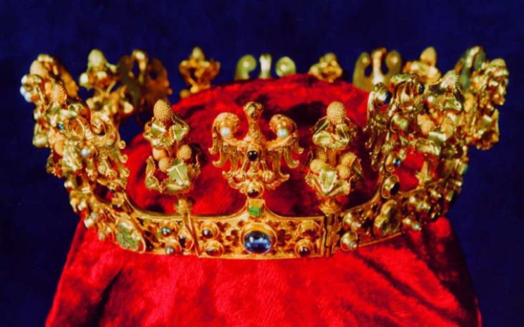 Sroda crown