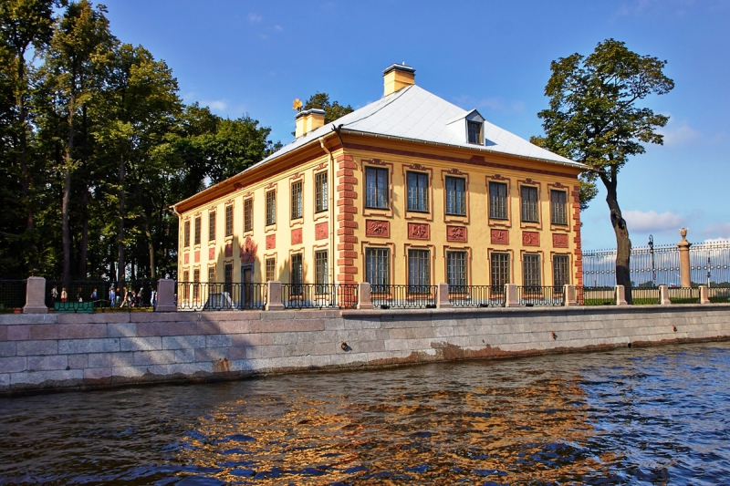 Summer Palace of Peter the Great. Credit: ratanews.ru